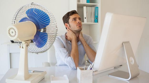 Canicule: peut on venir en short au bureau?