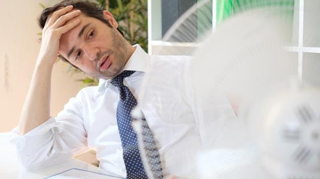 Puis-je ne pas travailler en raison d'une chaleur trop forte?